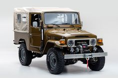 The FJ Company is the premier restorer of Toyota Land Cruisers. Work with us to design your own custom Land Cruiser, or select a vehicle from our inventory of for sale. Toyota Lc, Toyota Fj40, Used Toyota, Toyota Trucks, Toyota Cars, Ford Trucks, Toyota Land Cruiser, Land Cruiser 4x4, Pick Up