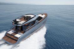 Phoenix S50 Yacht by Laura Cesca and Cristiano Lombardo