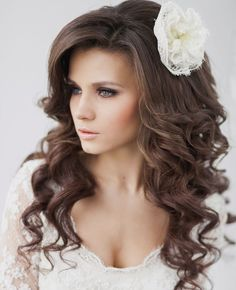tight curl wedding hairstyle http://www.itgirlweddings.com/blog/wedding-hairstyle-down-in-curls