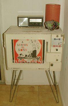 Hairpin legged Newspaper Box by Juniper Juniper, via Flickr
