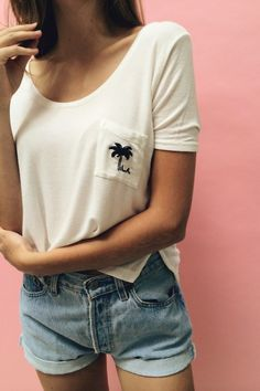 Brandy ♥ Melville | Jennah Palm Tree Embroidery Top - Graphics