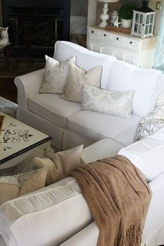 Hello there and welcome to part two of my Sectional Slipcover Tutorial: Covering the Cushions! If you missed part one, you can catch up here. Reupholster Furniture, Furniture Slipcovers, Slipcovers For Chairs, Custom Cushion Covers, Custom Cushions, Sectional Slipcover, Cushions On Sofa, Couch, Furniture Makeover