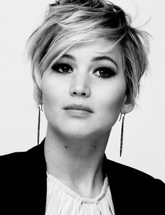 Jennifer Lawrence short hair. As if I needed another reason to adore her.