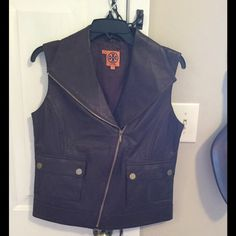 Tory Burch Brown Leather Vest Size Small, Gently used (no tags; used once), In perfect condition. Smoke and Pet Free home. Tory Burch Jackets & Coats Vests