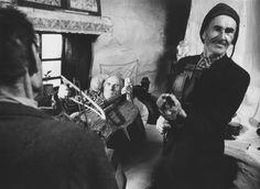 Martin Martincek Robert Doisneau, Photojournalism, Images, Cinema, Black And White, Retro, Concert, Life, Fictional Characters