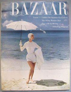 model Evelyn Tripp in swimsuit on cover of June 1954 Vogue - doesn't that say Bazaar? Fashion Magazine Cover, Fashion Cover, Look Fashion, Retro Fashion, Simply Fashion, Lauren Hutton, Vintage Vogue, Vintage Ads, Vintage Images