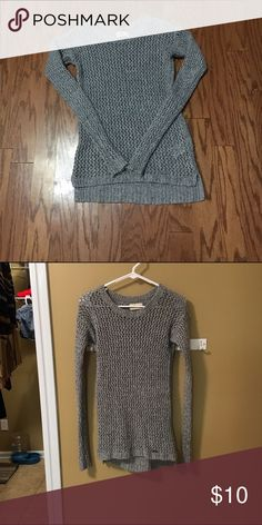 Hollister long sweater Normal wear. Super cute. Can be dressed up or down. 😍 Hollister Sweaters Crew & Scoop Necks