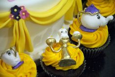 Mrs Potts & Lumiere & Chip cupcakes