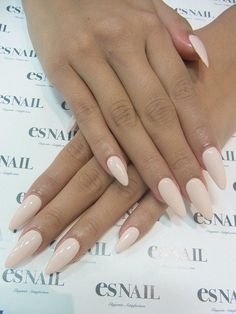 Kinda like the pointed nail trend…  | followpics.co