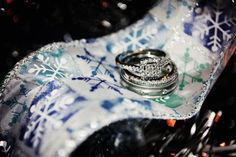 Winter wedding rings violet short photography