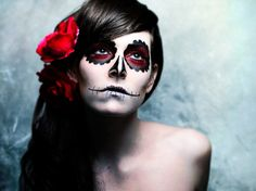 Drop Dead Gorgeous: 5 Tips For Dia de los Muertos Makeup | Shecky's