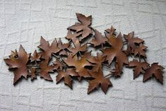 Excited to share this item from my shop: Vintage Syroco MAPLE LEAVES wall hanging - rare - giant Syroco / Dart Industries- faux wood grain leaves - 3 D - ready to hang Porch Decorating, Decorating Ideas, Folding Ladder, Living In Alaska, Vintage Stool, Gold Highlights, Maple Leaves, Wood Grain, Wood Wall