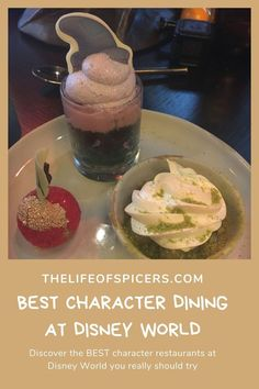 Which are the best character restaurants at Disney World? Check out the must visit restaurants with characters. Disney World Florida, Disney World Resorts, Disney Vacations, Walt Disney World, Disney Planning, Disney Tips, Disney Food, Disney World Characters, Disney World Magic Kingdom