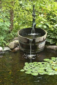 Cascade et fontaine de jardin , 69 déco pour les moments de relaxe - fontaine-de-jardin-campagne-style-forêt