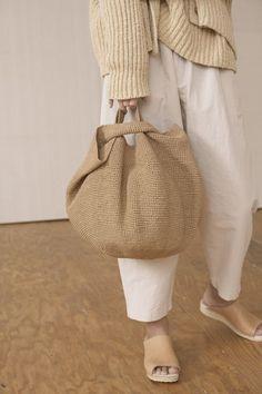 How To Have Style, Crochet Bowl, Hat Crochet, Japanese Knot Bag, Paper Bowls, Macrame Bag, Crochet Handbags, Knitted Bags, Handmade Bags