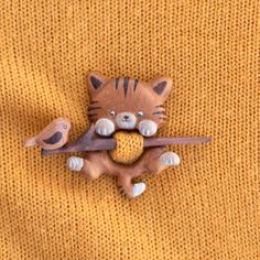 Items similar to Cat brooch (fibula) on Etsy Yarn Crafts, Wood Crafts, Diy And Crafts, Arts And Crafts, Small Wood Projects, Craft Projects, Wooden Cat, Polymer Clay Dolls, Wooden Gifts