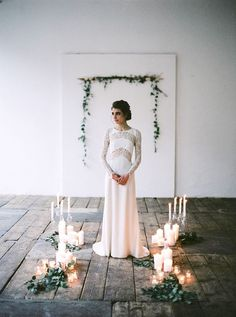 Natural Styled Shoot in Vienna | Photos by Peaches & Mint | Styling by Viktoria Antal | Floral design by Fowerup (Love this simple arrangement for the ceremony)