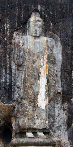 Secret Lanka, your travel agent and tour operator for Sri Lanka and Maldives. Mahayana Buddhism, Buddhist Art, Sri Lanka, Buddha, Carving, Statue, Rock, Gallery, Artwork