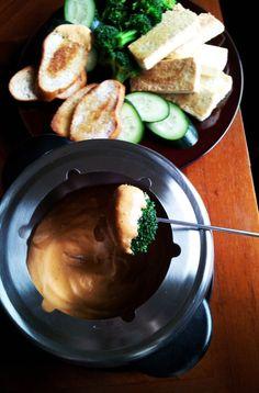 Vegan Cashew Cheese Fondue