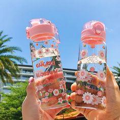 Cute Water Bottles, Glass Water Bottle, Blue Aesthetic Pastel, Kawaii Accessories, Cute Cups, Cute Keychain, Kawaii Shop, Cute Japanese, Indie Kids