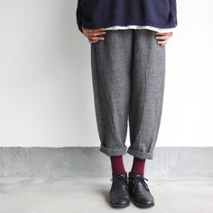 Loose Pants Outfit, Japanese Minimalist Fashion, Androgynous Fashion, Sartorialist, Fashion Seasons, Professional Outfits, What To Wear, Winter Fashion, Menswear