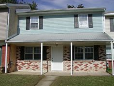 325 Willow Dr. Elkton MD ($1050/month)