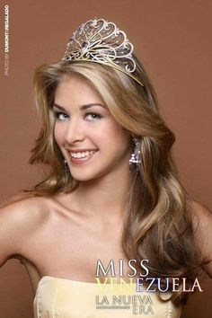 Dayana Mendoza - Venezuela - Miss Universe 2008 Miss Universe 2008, Dayana Mendoza, Divas, Young Old, Beautiful Inside And Out, Beauty Pageant, Beauty Queens, Colored Diamonds, Pink Color