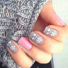 Holiday Sweater Manicure