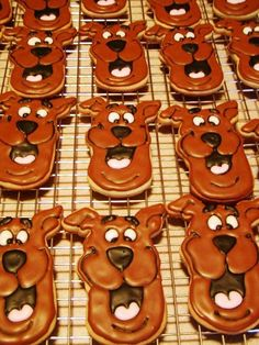 Scooby Doo Cookies are an adorable and delicious outdoor movie night snack - A Southern Outdoor Cinema movie snack & food idea for outdoor movie events.