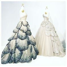 . M a n u s  x  M a c h i n a . Blown away by the incredible beauty & craftsmanship at the Metropolitan Museum of Art's 'Manus x Machina: Fashion in an Age of Technology' exhibition. I can't wait to get back and start sketching my favorite pieces from this magical collection... . #manusxmachina #themet #metropolitanmuseumofart #fashion #fashiondesign #dress #dior #christiandior #diorlady #art #newyork #nyc #newyorkcity #style #instafashion #instastyle #ballgown #hautecouture #couture