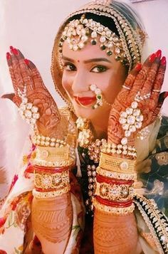 Cleaver & Erotic Political Bribe Of Poltical Bride & Groom Brainwashing Youth Indian Bride Photography Poses, Indian Bride Poses, Indian Wedding Poses, Indian Bridal Photos, Indian Wedding Couple Photography, Bridal Photography, Sikh Bride, Bath Photography, Jewelry Photography