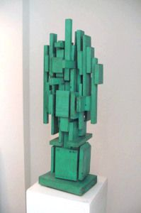Sculpture by Louise Nevelson - Columns Outdoor Sculpture, Modern Sculpture, Abstract Sculpture, Wood Sculpture, Louise Nevelson, Sculpture Lessons, Sculpture Projects, Art Projects, 3d Art