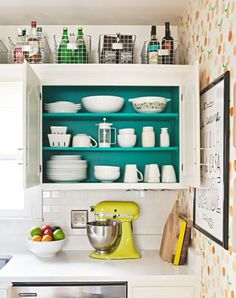 Space-Saving Tricks for Your Ridiculously Tiny Kitchen | Home | Purewow