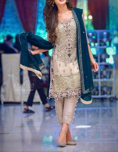 Alizah Waqar Chiffon suit - Replica Suits - diKHAWA Online Shopping in Pakistan Trajes Pakistani, Pakistani Formal Dresses, Indian Dresses, Indian Outfits, Pakistani Fashion Party Wear, Pakistani Wedding Outfits, Pakistani Couture, Indian Fashion, Red Lehenga