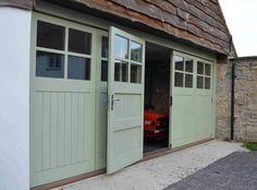 0000361_garage-bi-fold-doors-tgv-glazed-4-panes.jpeg (865×638)