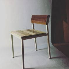 Just finished a new #furnituredesign of this #walnut back and #maple bottom chair. The Heartwood of maple always hits me in the feels. Gotta love it. #modernfurniture #modernchairdesign by stickandstonetx