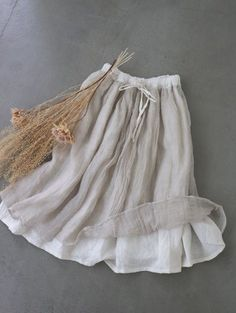 Linen Skirt, Linen Dresses, Cotton Dresses, Retro Fashion, Vintage Fashion, Womens Fashion, Skirt Fashion, Fashion Outfits, Magnolia Pearl
