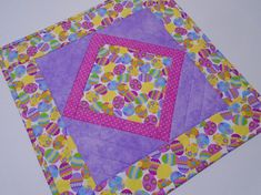 Easter Quilted Table Topper, Easter Quilted Table Runner, Spring Easter Table Quilt, Easter Decor, Easter Table Centerpiece, Easter Eggs