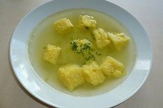 Biskuit Schöberl Dumplings, Gnocchi, Cornbread, Thai Red Curry, Food And Drink, Lunch, Fruit, Cooking, Ethnic Recipes
