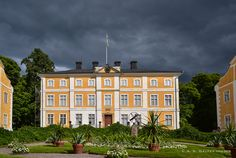 Julita Manor: From a Medieval Monastery to a Working Estate Farm, Sweden
