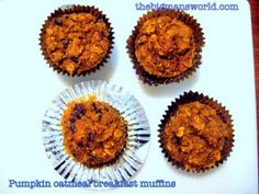 Pumpkin Oatmeal Breakfast Muffins- #cleaneating #glutenfree and chock full of wholesome ingredients- the perfect snack or breakfast carb source!