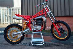 1981 Maico 490 make over Motorcycle Design, Motorcycle Bike, Bike Design, Motocross Bikes, Vintage Motocross, Amf Harley, Dirtbikes, Honda Cr, Bike Frame