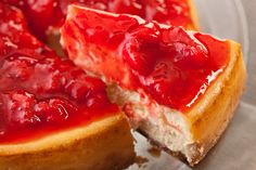Strawberry Cheesecake Recipe (Chow) http://pocket.co/sMApn
