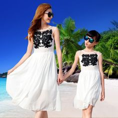 Kids Girls Dresses Summer Matching Mother Daughter long Dress Plus Size Lady flower embroidery Family beach Clothing Vestidos