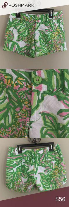"Lilly Pulitzer Callahan shorts 5"" Callahan shorts 5"" in seeing pink elephants. Size 000. Waist measurement: 14.5"" Lilly Pulitzer Shorts"