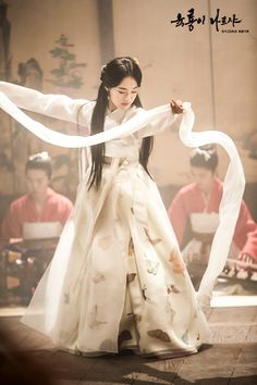 Drama Six Flying Dragons. Korean traditional clothes #hanbok