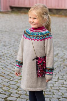 Knitting Baby Pullover Fair Isles 41 Ideas For 2020 Baby Boy Knitting Patterns, Baby Sweater Knitting Pattern, Knitting For Kids, Knitting For Beginners, Baby Patterns, Baby Cocoon Pattern, Knit Baby Dress, Fair Isles, Baby Sweaters