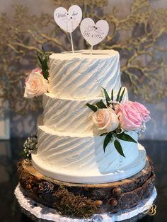 Împreuna creăm amintiri dulci.  Cofetărie Dumbravita Timisoara Whipped Cream, Wedding Cakes, Tasty, Desserts, Wedding Gown Cakes, Tailgate Desserts, Deserts, Cake Wedding, Postres