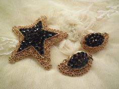 Vintage Karu Arke Star Shaped Black by SilentWhisperVintage