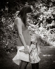 Maternity photography. Mother / daugther photography.